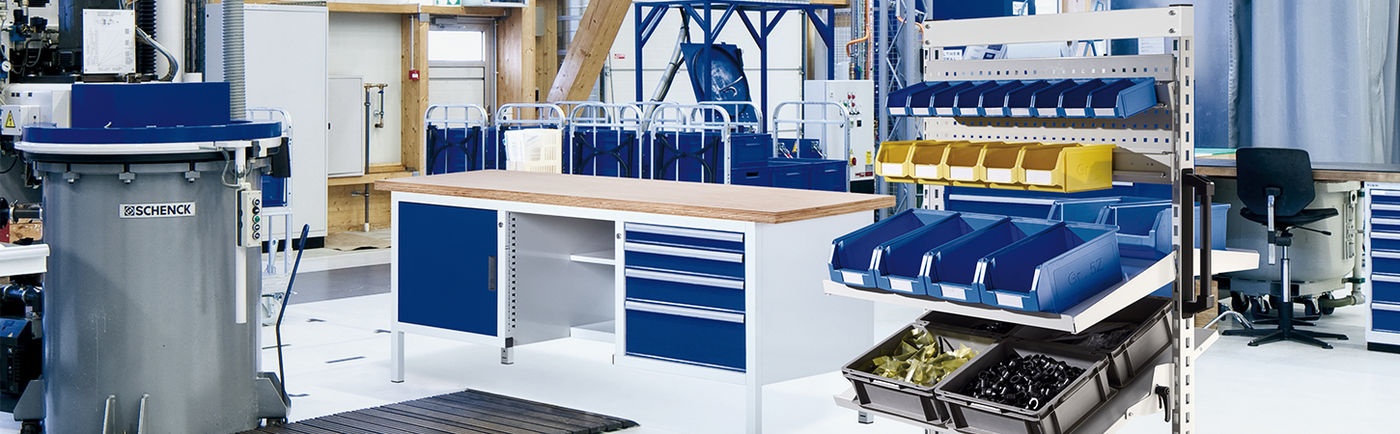 Workstations and workbenches